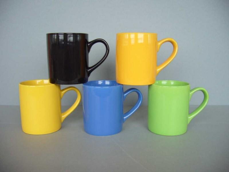 kaffeebecher 325ml verschiedene farben porzellan tassen und becher. Black Bedroom Furniture Sets. Home Design Ideas